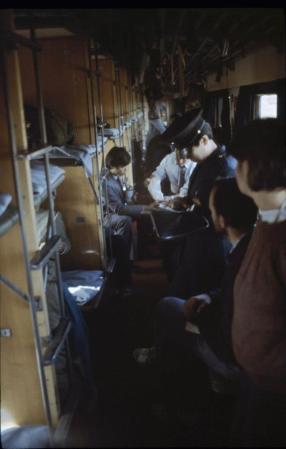 Speleološka ekspedicija PDS Velebit - Kina 1988. - u kineskom vlaku